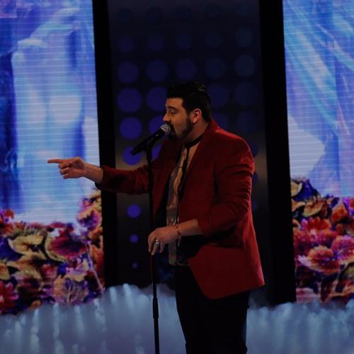 امیر حسین افتخاری در حسرت ماه (اجرای زنده)