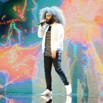 رضا پهلوانی قمی دوست دارم زندگی رو (اجرای زنده)
