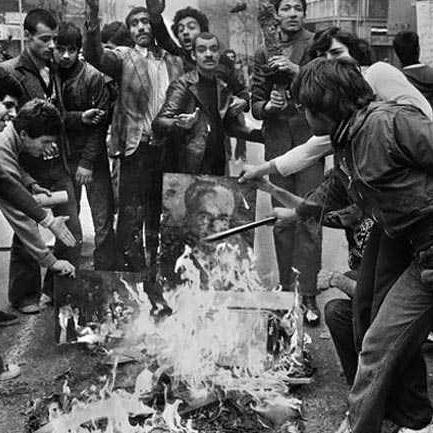 سرود انقلابی دوره ی ایثار و کار
