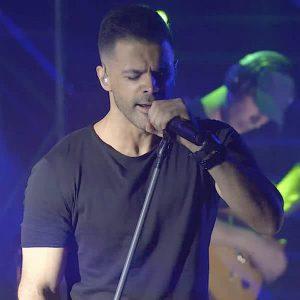 سیروان خسروی جای من نیستی (اجرای زنده)